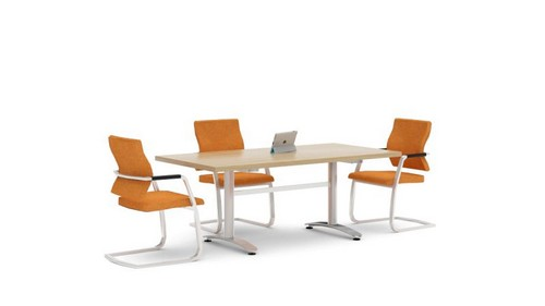 Chiltern executive table
