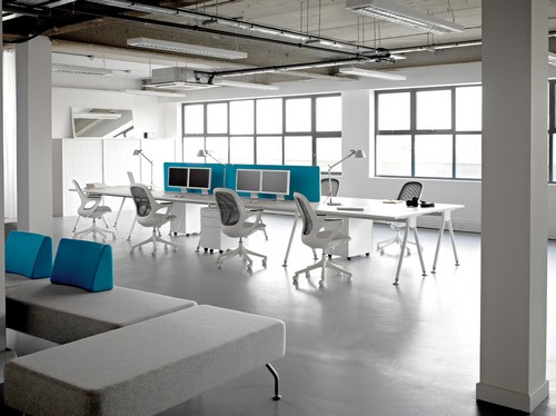 Visual Acute Bench Desks
