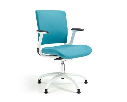 V-smart office chair in blue